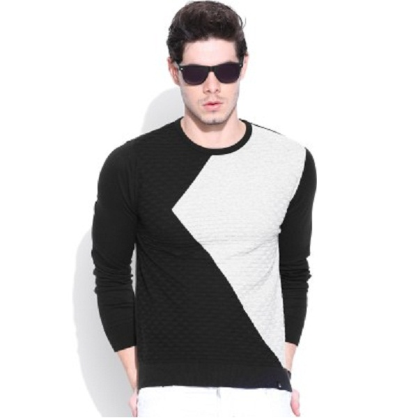 United Colors of Benetton Self Design Round Neck Mens Sweater