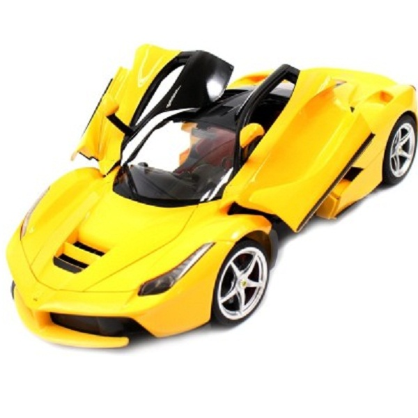 The Flyers Bay Rechargeable Ferrari Style RC Car With Fully Function Doors