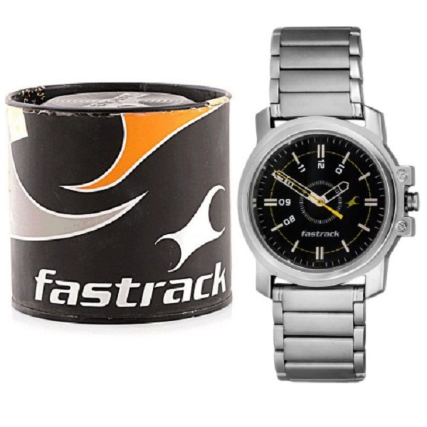 Fastrack NG3039SM02C Basics Analog Watch