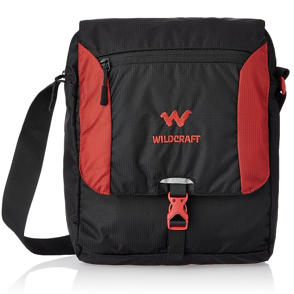 Wildcraft Nylon 15 ltrs Black Messenger Bag
