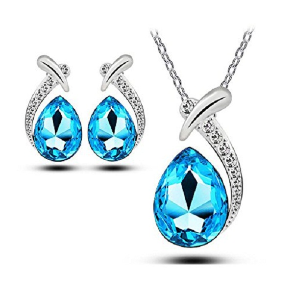 Habors 18K White Gold Plated Ocean Blue Austrian Crystal Allie Pendant Set