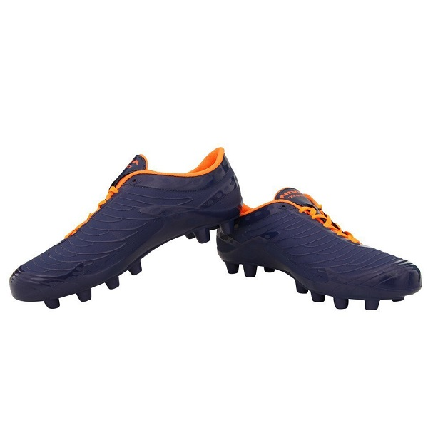Nivia Dominator Football Stud