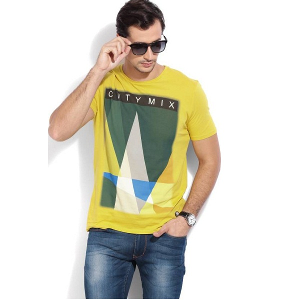 United Colors of Benetton Printed Mens Round Neck Yellow T Shirt