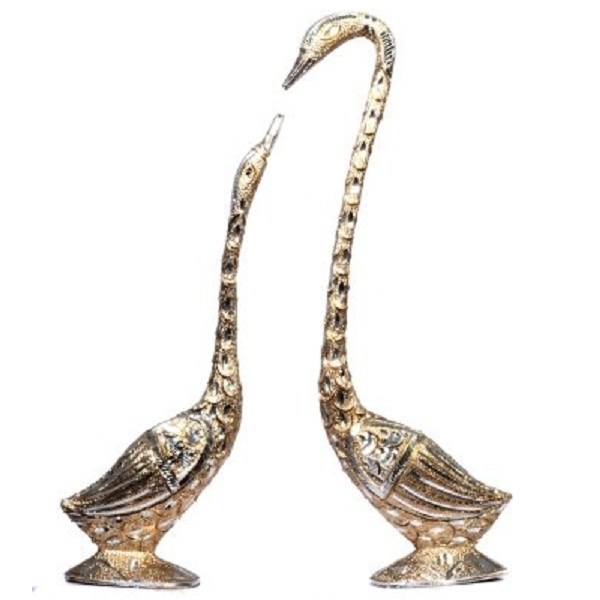 JaipurCrafts Pair Of Kissing Duck Showpiece