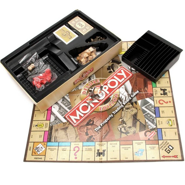 Funskool Monopoly Deluxe Edition Board Game
