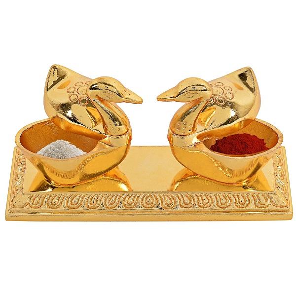 Jaipuri haat Golden Metal Love Bird Duck with Chandan Roli Chopda