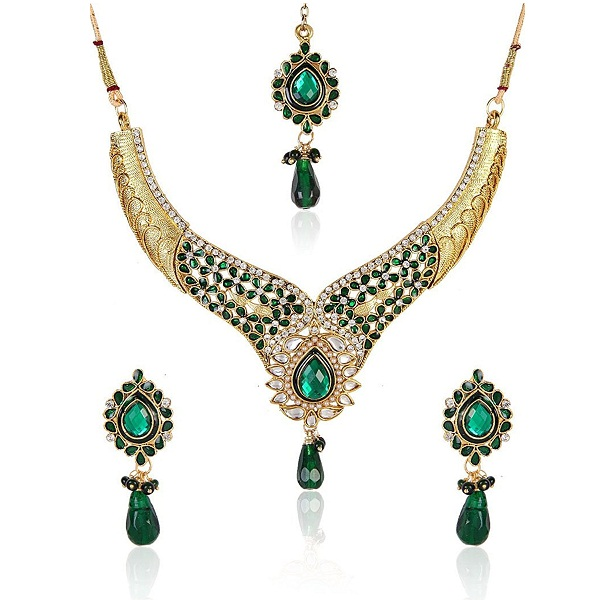 Shining Diva Green Coloured Divine Kundan Necklace Set