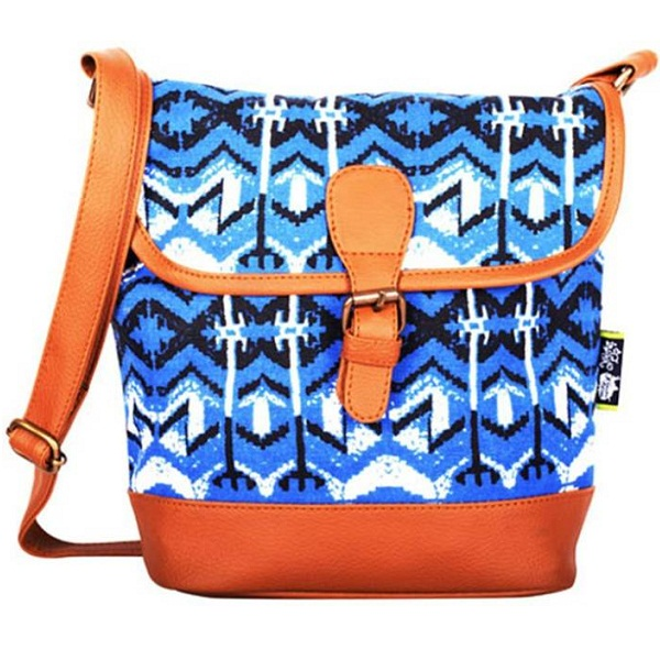 Kanvas Katha Women Casual Multicolor Canvas Sling Bag