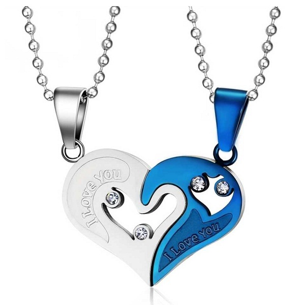 University Trendz heart shape Pendant