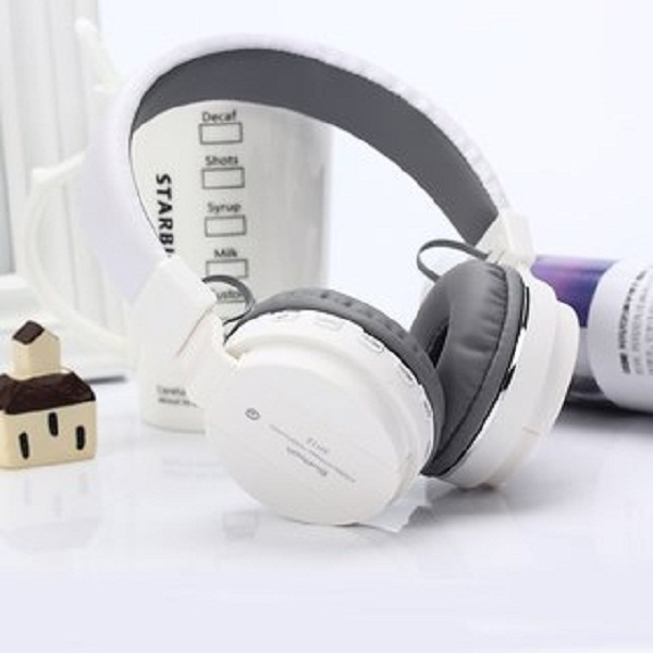 Tech Gear Bluetooth Headphone with FM and SD Card Slot