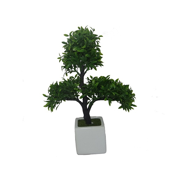 Fourwalls Artificial Tree